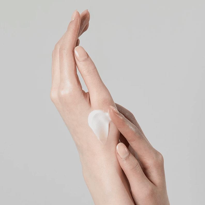 COSRX – Balancium Comfort Ceramide Hand Cream Light k beauty